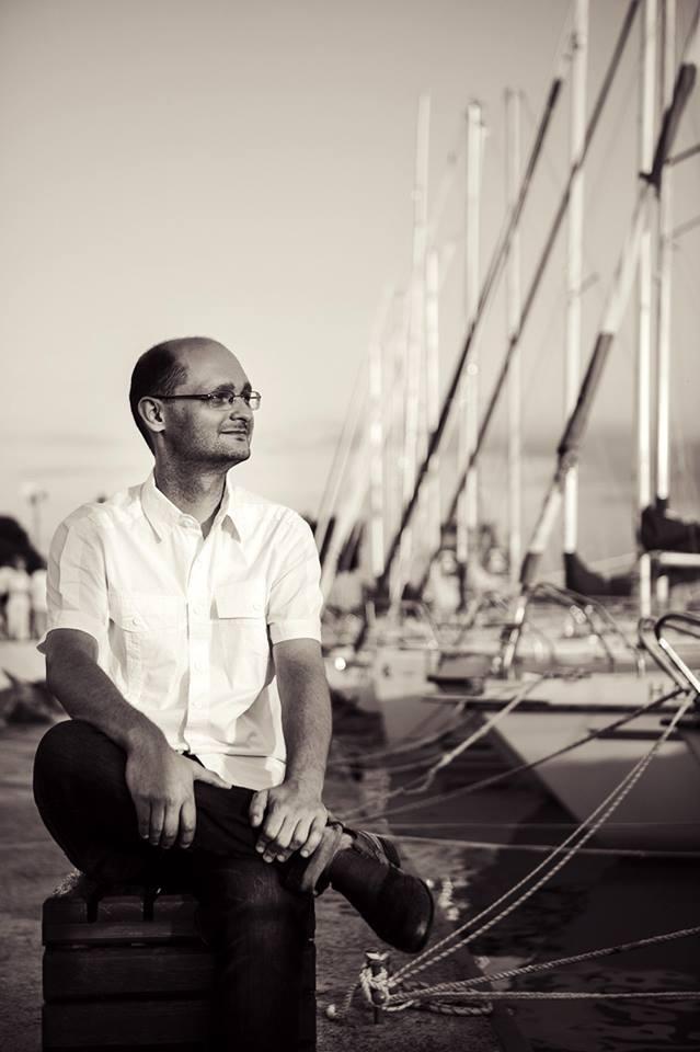 Sári Attila zeneszerző – előfordult már, hogy egy dalt évekig (!) fabrikáltam